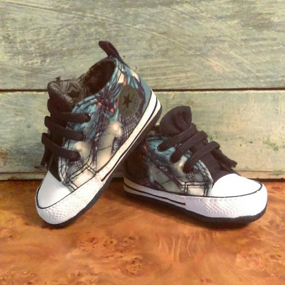 fd5a5957a91a Baby boys Batman Converse